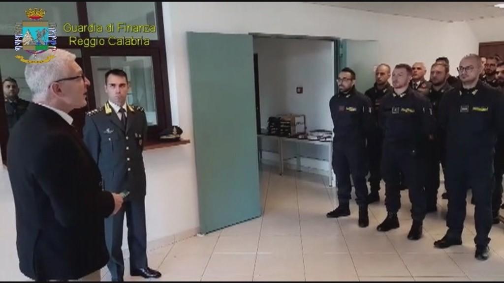 Sequestro di droga a Gioia Tauro, Morra ai finanzieri: «Siate orgogliosi» (VIDEO) - TgCal24.it